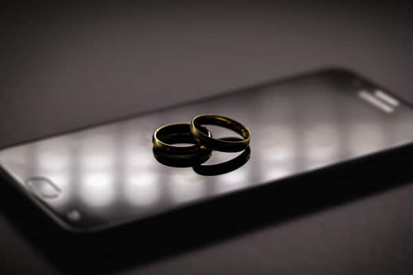 Divorce In The Digital Age